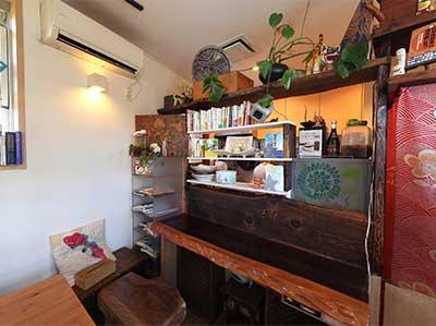 神奈川県 Happy Food Cafe Tiger様 ディレカ導入事例・店内2